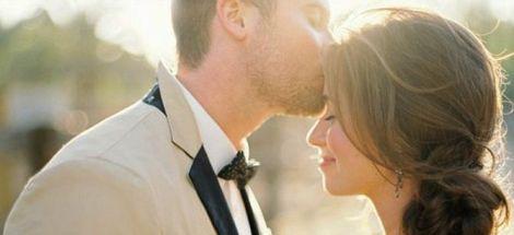 1434265_sarutul-intim-pacat-prietenia-casatoria